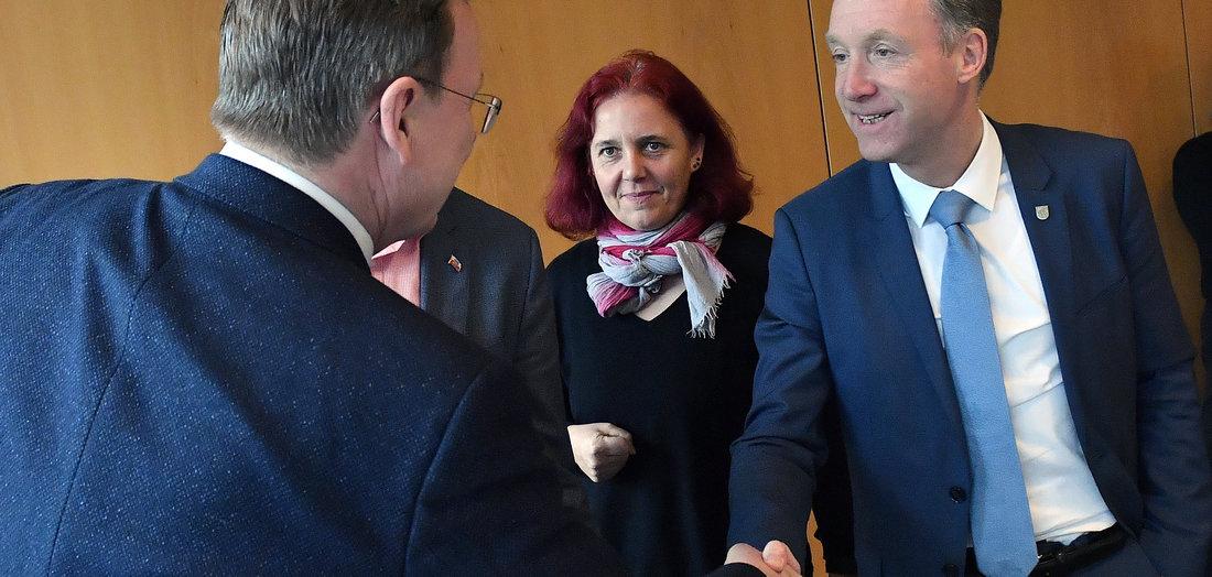 27.02.2020: CDU soll mitspielen (Tageszeitung junge Welt)
