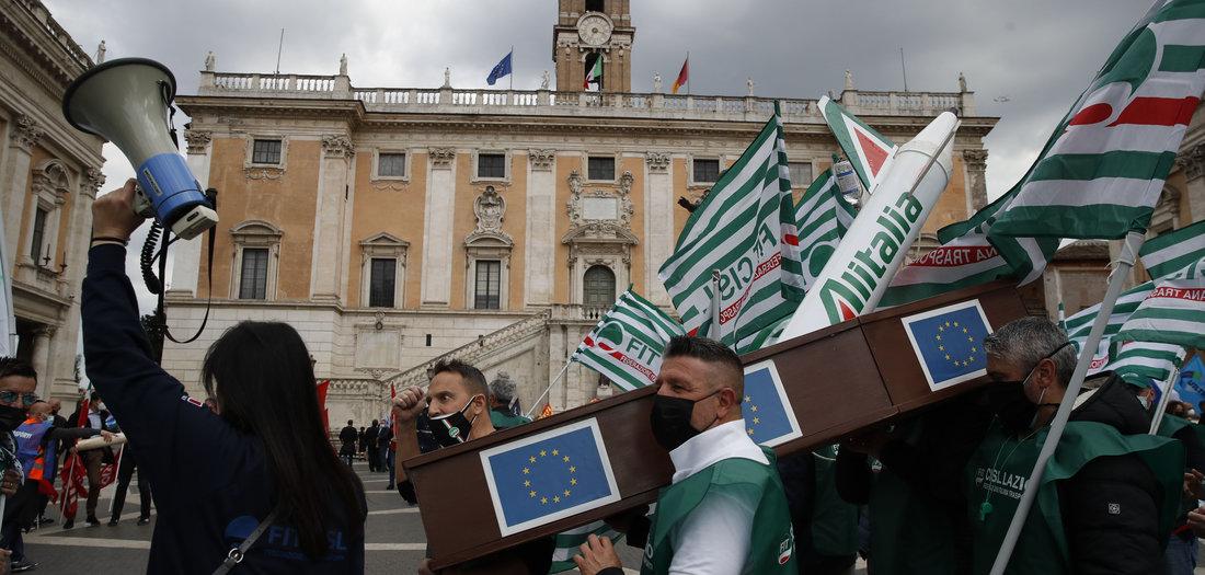 Pleiteflieger-Proteste-zum-Erhalt-von-Alitalia-Online-Abo-
