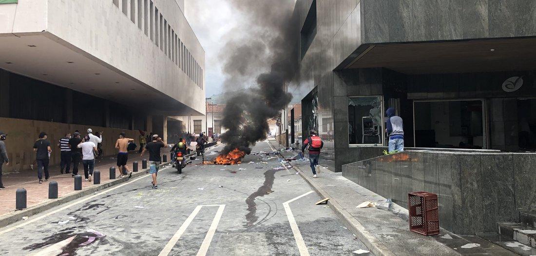 Aufstand und Staatsterror
