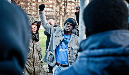 Demonstration zum Gedenken an Oury Jalloh im Januar 2014 in Dess...