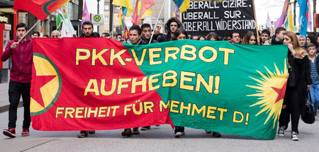 Kurdische_Demonstrat_48443021(1).jpg