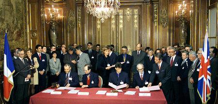 »Eine einzige Inszenierung«: Kosovo-Albaner am 18. März 1999 bei...