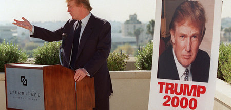 Beverly Hills, Kalifornien, 6. Dezember 1999: »America First« - ...