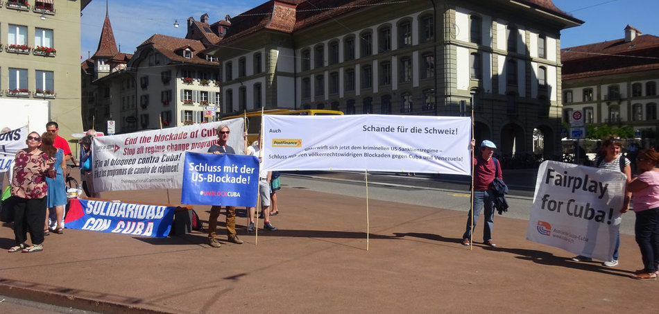 Unblock Cuba: Aktion in Bern (Schweiz)