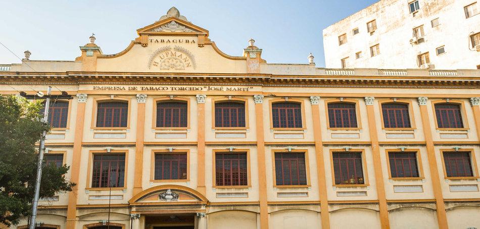 Zigarrenfabrik in der Calle El Vedado