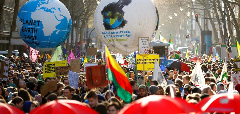 Mobilisiert die Massen wie hier in Köln: Die »Fridays for Future«-Bewegung (29.11.2019). Foto: Thilo Schmuelgen/REUTERS